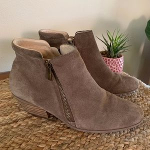Apri Gravity Suede Leather Zip Ankle Booties 8